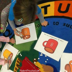Preschool Printable:  Counting Marshmallows & Number Recognition!