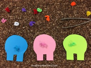 Pig Tails Color Sorting