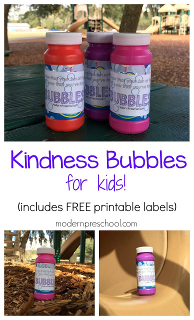 Secret Act of Kindness: Bubbles at the park for kids! Includes free printable labels from Modern Preschool.