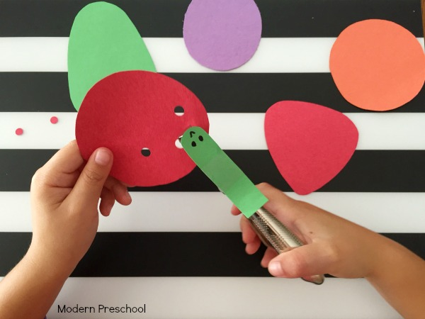 The Very Hungry Caterpillar fine motor activity is perfect for preschoolers & kindergarteners to strengthen fine motor skills and practice comprehension!