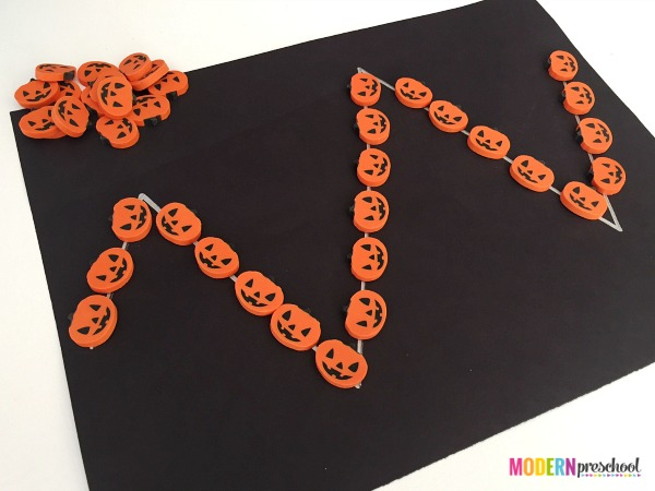 pumpkin-prewriting-lines-3Simple pumpkin pre-writing activity for toddlers and preschoolers to develop writing skills and strengthen fine motor skills with mini erasers!