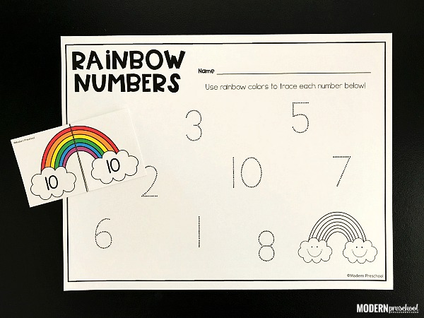 FREE printable rainbow number match activity to use this spring in your preschool, pre-k, kindergarten math learning center to practice number recognition 1-20 and visual discrimination. Great for St. Patrick's Day and it's reusable!