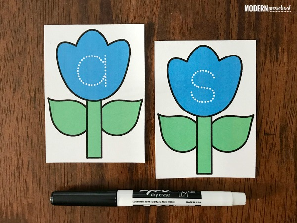 FREE printable garden flower lowercase letter tracing cards to practice the alphabet and letter formation with preschoolers and kindergarteners!