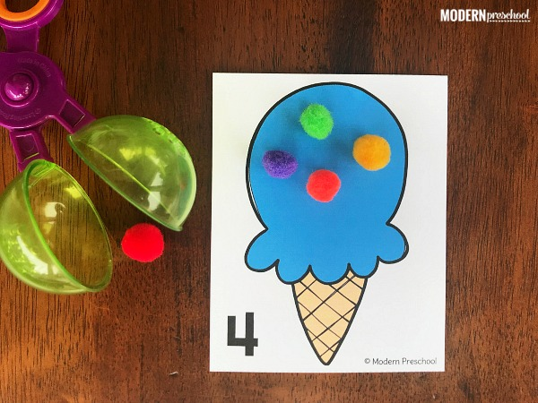 FREE preschool printable ice cream counting mats to practice numbers while counting using 1:1 correspondence and fine motor skills during a summer theme!