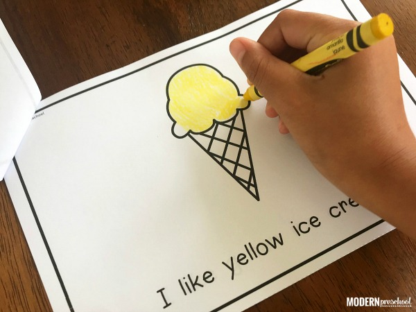 FREE printable ice cream emergent reader that includes color words, sigt words, and repetitive text which is perfect for preschool and kindergarten!