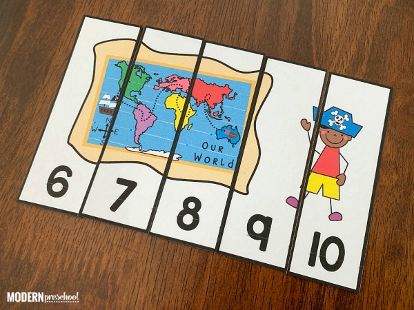 FREE printable pirate number puzzles for preschoolers to practice number order, numbers 1-20, visual discrimination, & matching skills for an ocean theme!